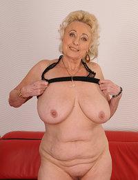 Sexy Old Ladies Pics