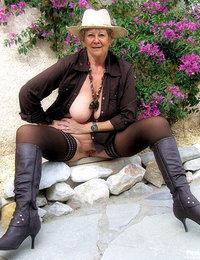 Amateur Grannys Pics